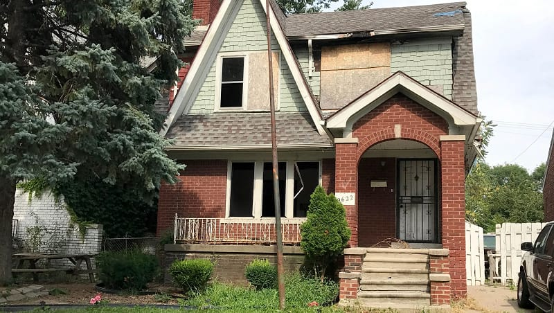 How Much Is Asbestos Siding Removal