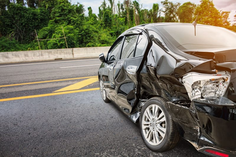 When to Get Lawyer For Car Accident